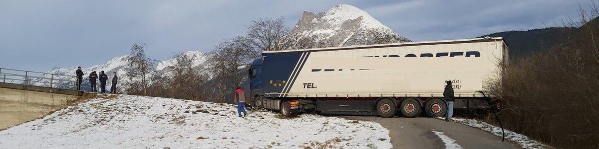 Ünterstützungeinsatz - LKW Bergung 16.12.19